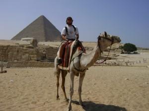 Eu e Maradona nas pirâmides de Giza