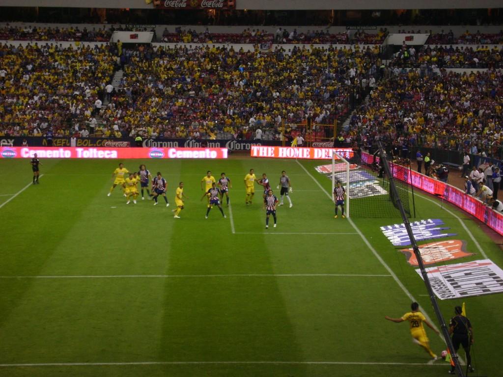 Estádio Azteca - América 1x2 Chivas