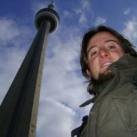 Mochileiro no topo da torre mais alta do mundo!