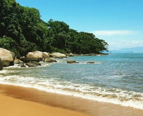 Prainha (Praia Grande) Instagram @mochileirodasmaravilhas
