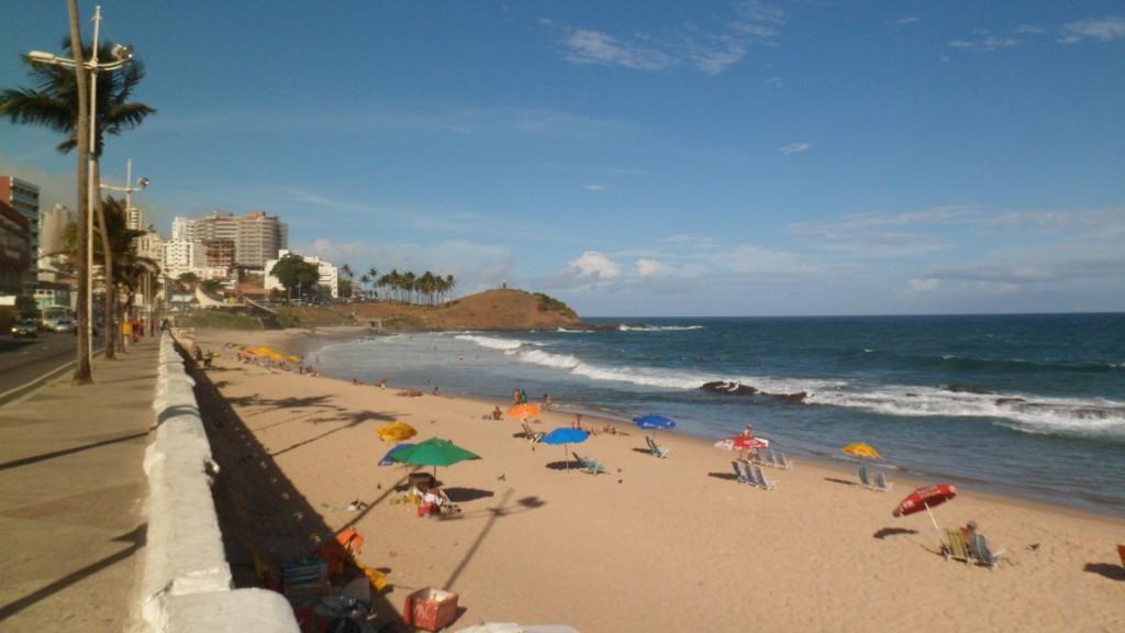 Praia da Barra em um dia tranquilo