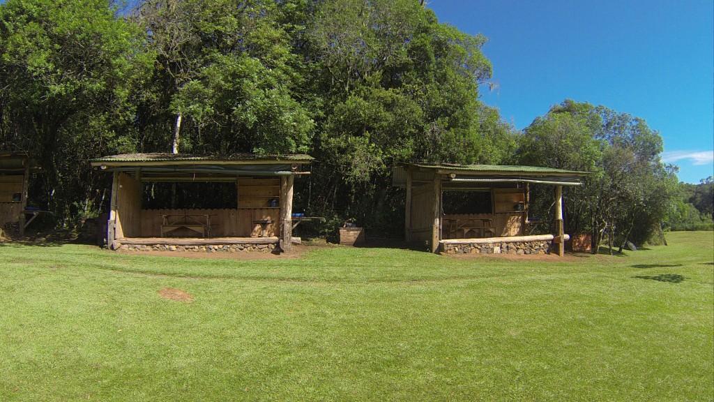 �rea de Camping do Parque das Cachoeiras