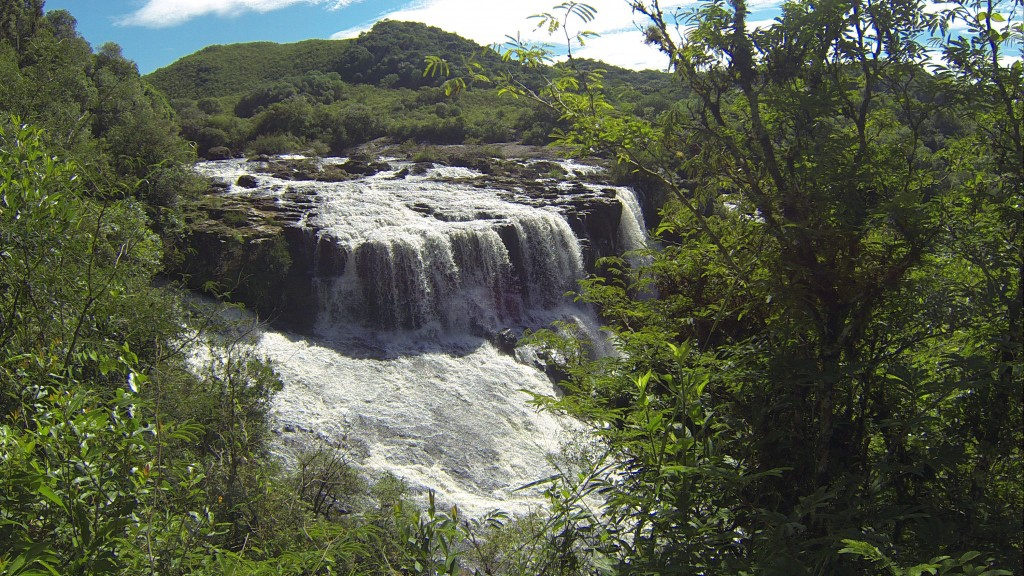 Uma das lindas cachoeiras do parque!