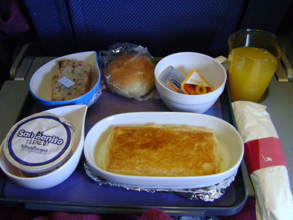 Almoço da LAN no voo de Santiago para a Ilha de Páscoa