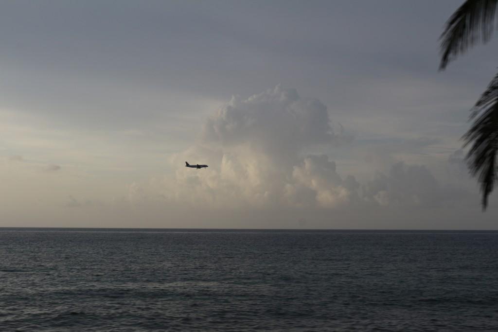 Avião chegando em San Andrés