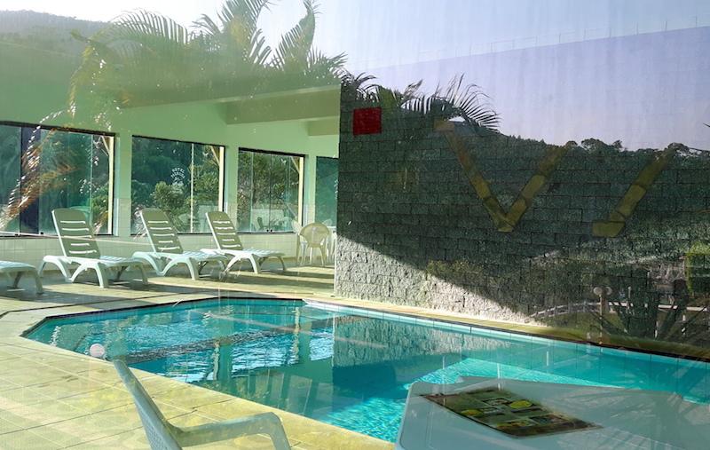 O balneário possui uma ótima piscina aquecida!