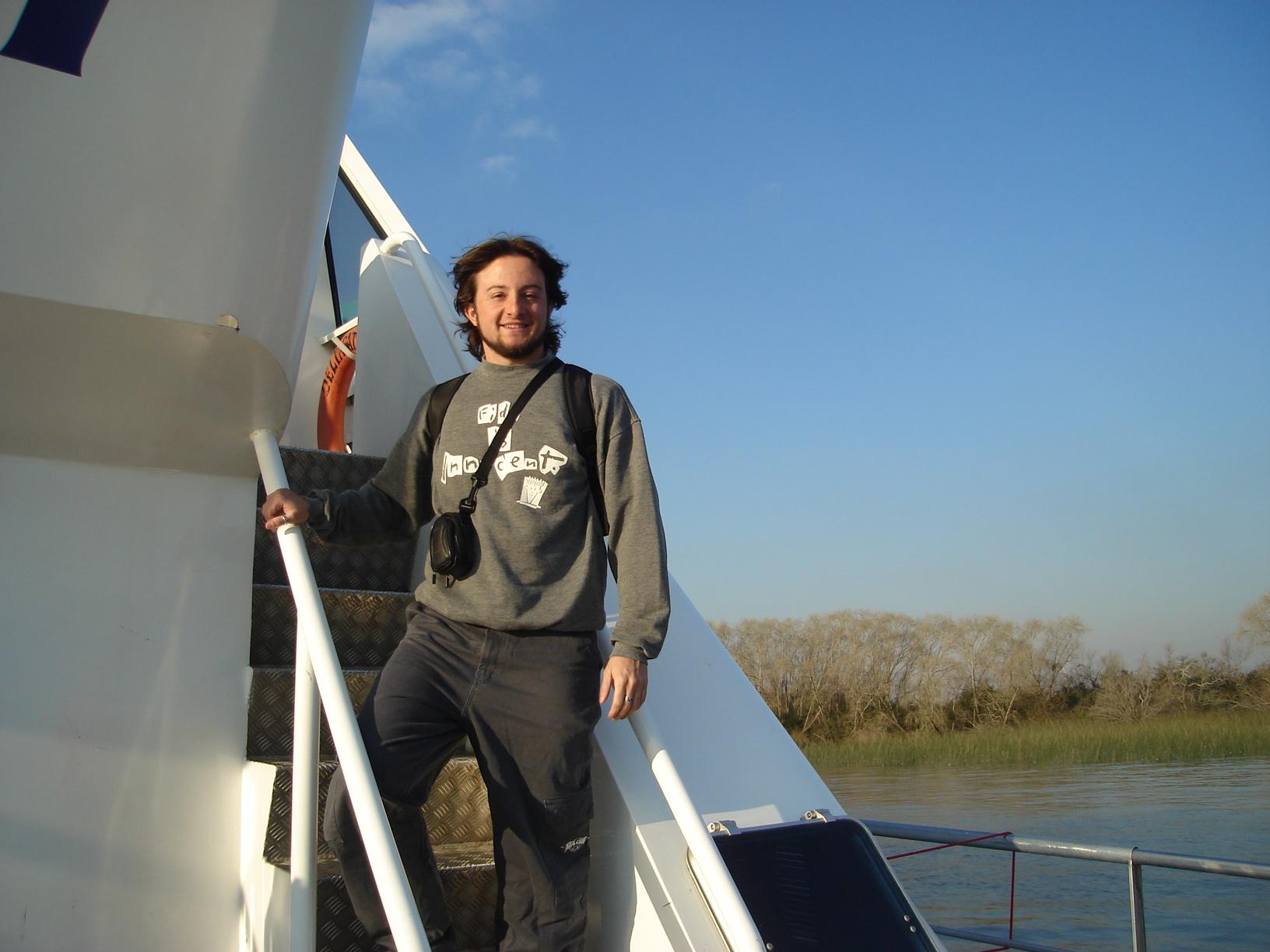 Barco Cacciola na travessia Argentina / Uruguai