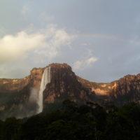 Conheça o Salto Angel, a maior cachoeira do mundo!